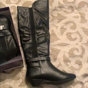 Madden Girl Boots, Black, never worn,